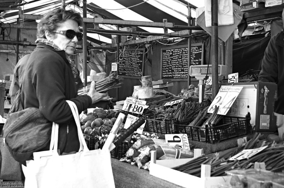 Buying asparagus on the market