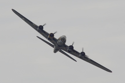 "Boeing B-17G Flying Fortress ""Sally B"""