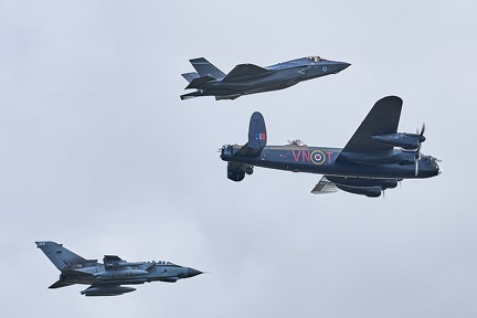 "The ""Gibson formation"": Tornado, F-35B Lightning and Lancaster"